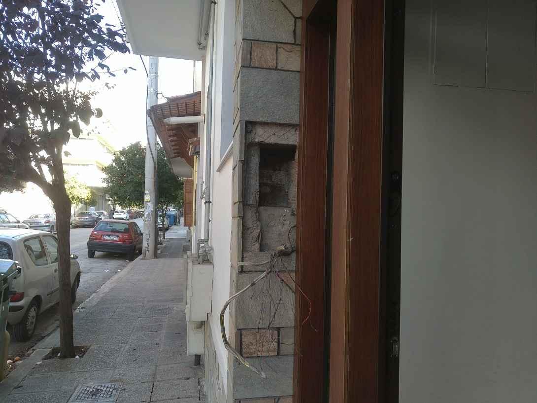 εγκατάσταση θυροτηλεόρασης σε πολυκατοικία